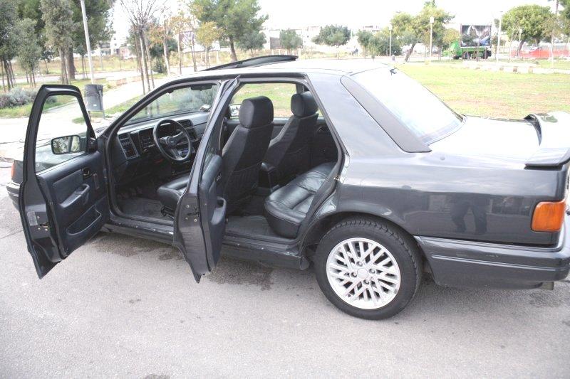 Ford Sierra Cosworth elaborata 300 Cavalli